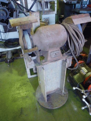 OTHERS, EQUIPMENTS & TOOLS:W HEADS GRIDER/FUTAJIMA MACHINERY W HEADS GRIDER EXPORT JAPAN
